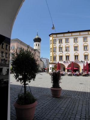 Max-Josefs-Platz, Blick auf mein Lieblingscafé Bergmeister