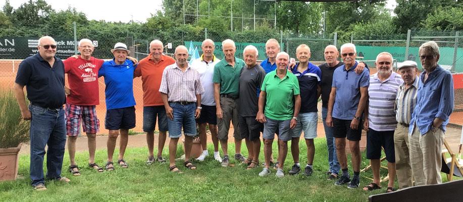 TSV Heidelberg (Meister) und unsere H65 (Vizemeister)