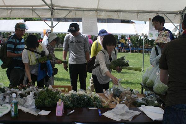 農産物・山菜・ヒメサユリの販売