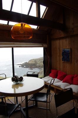 出窓と海岸の眺め(ムーア邸)