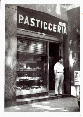 Il primo negozio in Viale Romagna ,14 a Milano (1968)