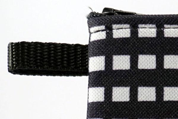 Praktische Lasche (z.B. für einen Karabinderhaken)