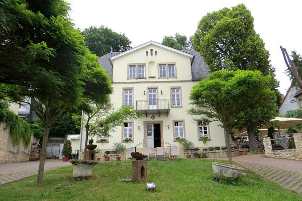 Unsere Unterkunft: Hotel Schloß Sörgenloch