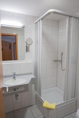 Beispiel Bad mit Dusche