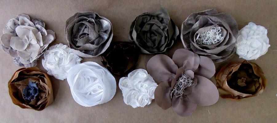 """Set de 12 fleurs à coller """"Fleurs de tissus """""""