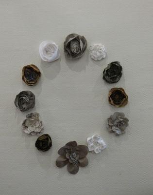Exemple de décor avec fleurs de tissus