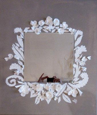Dentelles et fleurs miroir 70x60