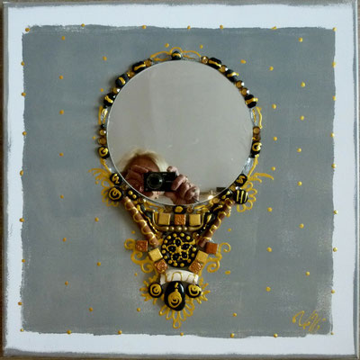 Collier baroque 50x50