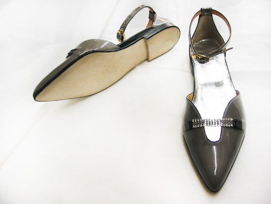 patent shoes, ballerinas, precious shoes, shiny shoes, handmade in Italy, handcrafted shoes, handmade shoes, bespoke shoes, made to order shoes, hearth, artisanal luxury shoes, luxury shoes, quality shoe