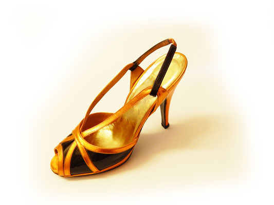 red carpet shoe, sexy sandal, shiny shoes, handmade in Italy, handcrafted shoes, handmade shoes, bespoke shoes, made to order shoes, hearth, artisanal luxury shoes, luxury shoes, quality shoe