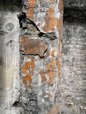 Die Schönheit alter Mauern - 1
