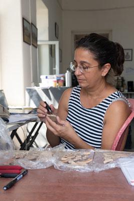 Ekin verstärkt unser Team als Spezialistin für die Keramik des 2. Jt. v. Chr.