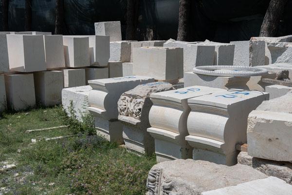 Derzeit laufen Restaurierungsarbeiten in Anazarbos.