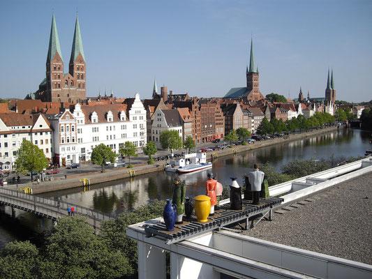 Ansicht auf Lübeck vom Dach der Musik- & Kongresshalle