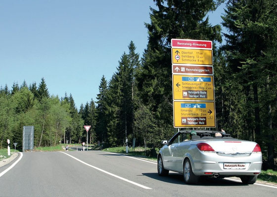Rennsteigkreuzung © Naturpark Thüringer Wald