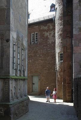 Im Innenhof von Schloss Steinau
