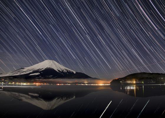 「富士との共演」 山本 光造
