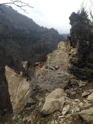 Messa in sicurezza versante - disgaggio e demolizione di torrione roccioso - Piemonte CN