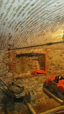 Realizzazione catene in barra Dywidag per evitare spanciamento di volta ad arco - Piemonte Provincia di Cuneo