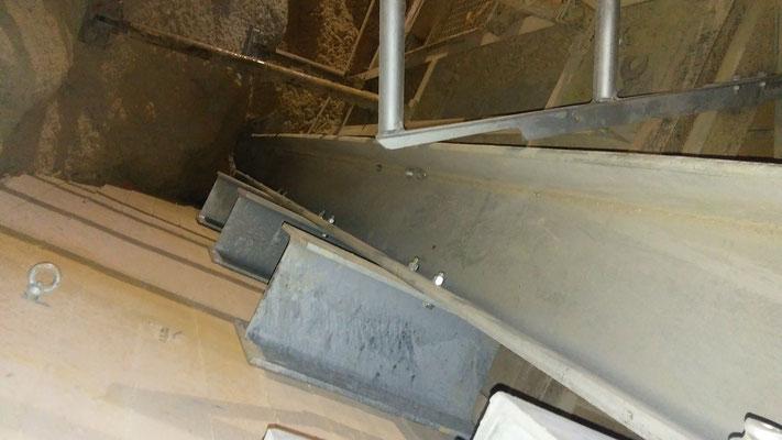 rinforzi strutturali per tramoggia in cemento armato all'interno di impianti di frantumazione - Piemonte Provincia di Cuneo