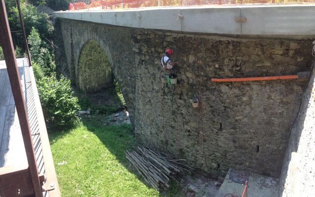 Pulizia e manutenzione per tutela di ponti antichi - Piemonte - Provincia di Cuneo