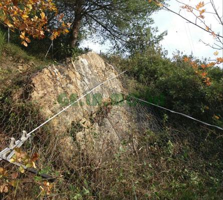 Legatura di blocco instabile con perforazioni e cavo d'acciaio - Provincia di Savona - Liguria