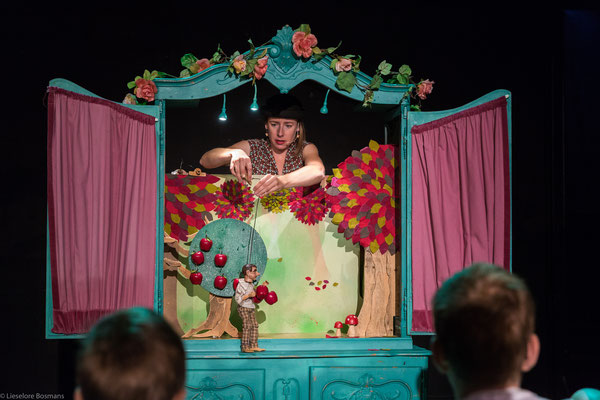 poppentheater, poppentheater vlaanderen, rijdend poppentheater, lappie lapstok, kindertheater
