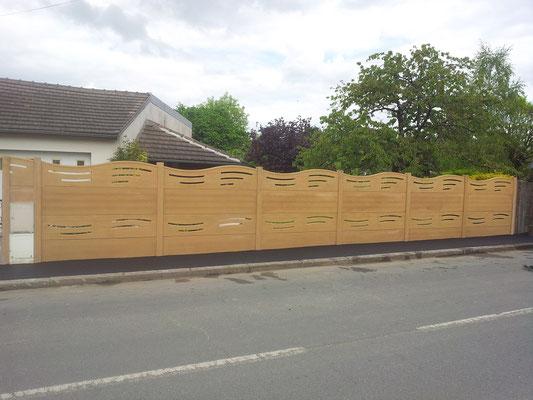 CAZORLA TP : clôture en béton moulé pour travaux d'aménagement extérieur