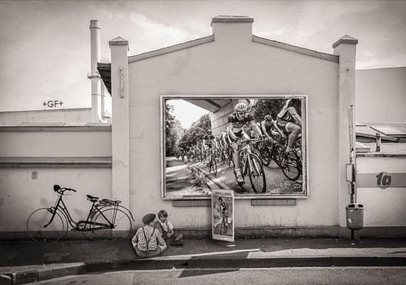 Martina Chardin_Erinnerung an die Zukunft, Tour de France, Collage