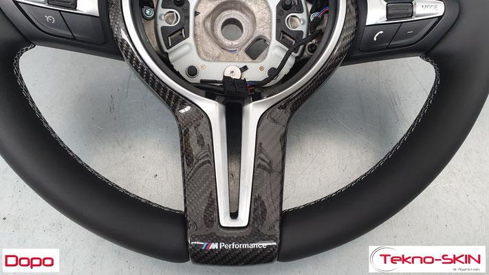 VOLANTE BMW   - Ripellamento completo in Pelle Liscia Nera  - Mirino Centrale in Pelle Rossa  - Cuciture Diamantate Grigie - Dopo