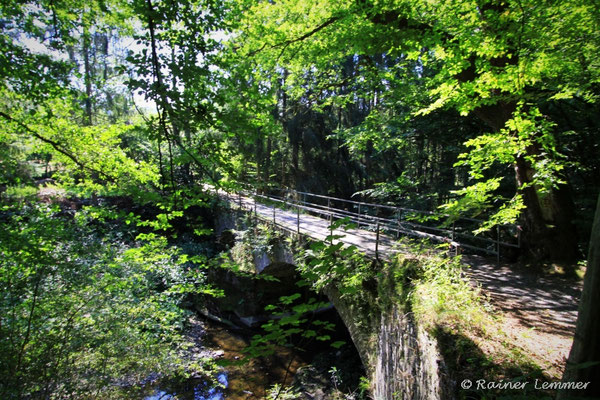 Alte Brücke bei Heuzert