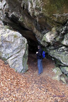 Große Steinkammer bei Erdbach
