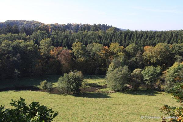 Oberhalb von Döttesfeld