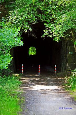 Alter Eisenbahntunnel bei Peterslahr