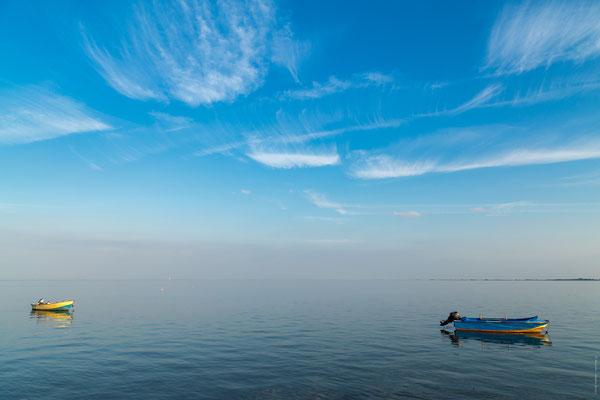 Fischerboote am Banter Seedeich