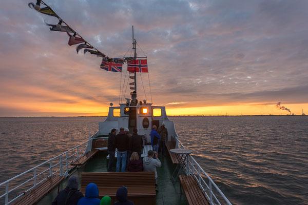 Sonnenuntergang an Bord der Etta von Dangast