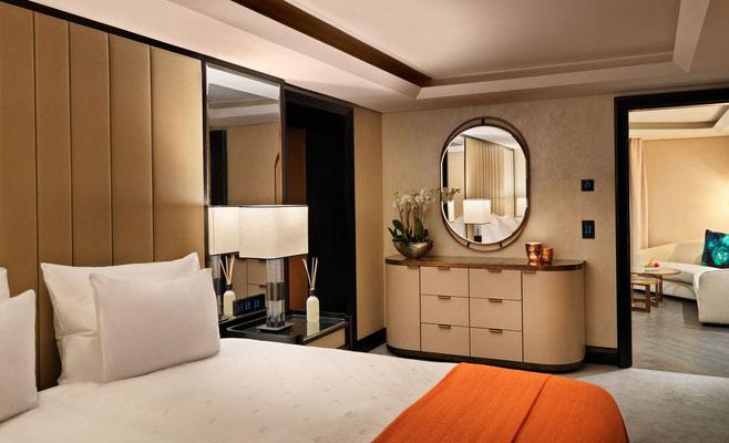 Luxuriöse Einrichtung der Zimmer