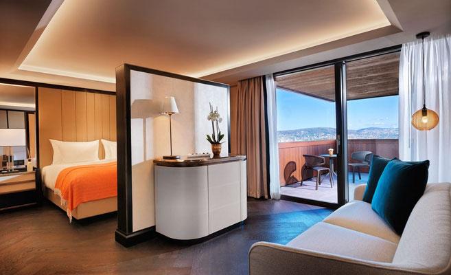 Junior Suite mit Sicht auf die Stadt Zürich