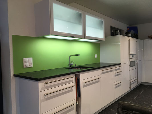 Küchenrückwand grün - matt