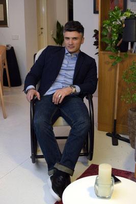 Телеведущий Георгий Миканадзе