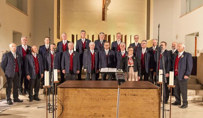 In der prall gefüllte Stadtpfarrkirche von Knittelfeld fand unser diesjähriges, schon traditionelles, Adventkonzert statt!