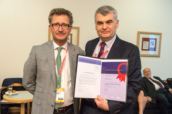 Most Cited Article in 2014: From left to right: Prof. Vorwerk (Past CVIR EiC),  Prof. Malkhaz Mizandari accepted the award on behalf of Dr. Pai