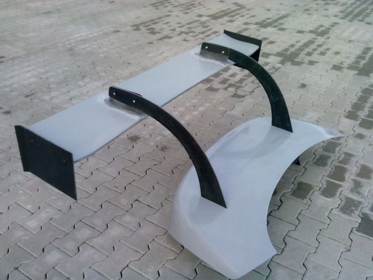 Trunk Lid with 180cm Rear Wing
