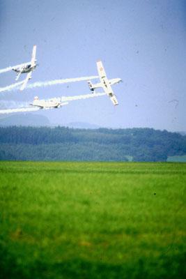 Patruille Martini - 3x Pilatus PC-7 - HB-HMA - c/n 519 + HB-HMB - c/n 520 + HB-HMC - c/n 521