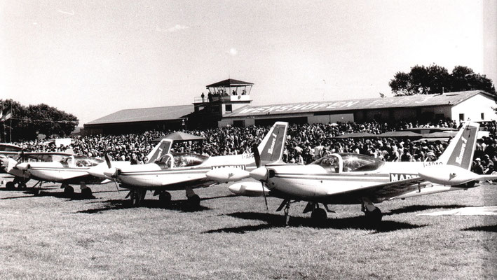 Patruille Martini - 3x SIAI-Marchetti SF.260 - I-APAA - c/n 635 + I-APAB - c/n 636 + I-APAC - c/n 637