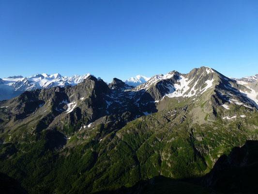 Le Mont Blanc juste au-dessus du col de Fenestral