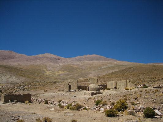 Ruines au camp de base (ancienne mine)