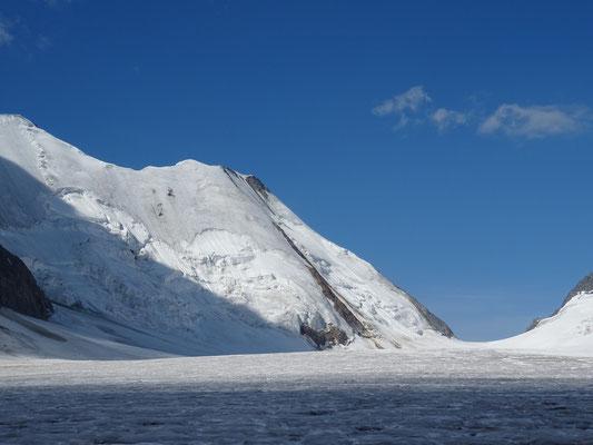Col Lötschenlücke (3158m) versant Konkordia