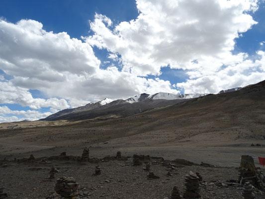 Sommets des Mentok I et II à plus de 6200m