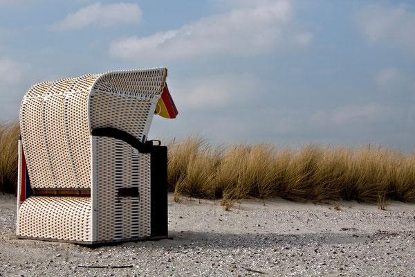 Seele baumeln lassen im Strandkorb bei Marina Wendtorf oder Möltenort, Anreise per Boot.